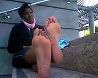 My chocolate girlfriend's hot feet are driving me avid