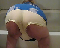 My old chubby cheating wife cleaning up in the bath bending over