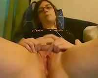 Nerdy pale skin cam chick shows me her pink vagina