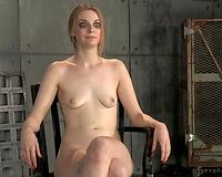 Skinny leggy chestnut haired humble chick sucks huge dark tool