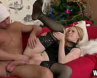 Lustful gal in black nylons gets her slit eaten and screwed hard
