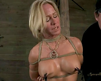 Mature golden-haired bitch with large face hole ficed to the floor