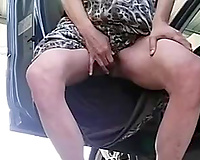 Nothing beats a good outdoor masturbation session in front of the camera