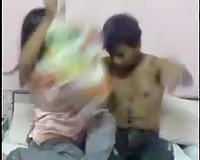 Horn-mad non-professional Indian GF provides her BF with a nice cook jerking