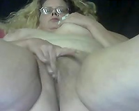 Ugly as fuck nerdy corpulent aged blond rubbed her wet crack on web camera
