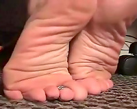 For all fans of foot fetish
