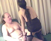 Group sex movie with non-professional skanks showing their cock-sucking skills