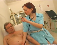 Slutty redhead doctor Alicia gives a orall-service to a patient