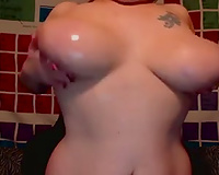 Enormous saggy natural tits of an incognito white women on cam