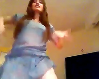 Adorable Turkish gigner playgirl shows astonishing abdomen dance