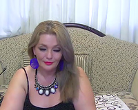 Chunky dilettante MILFie white wife turned me on with her perverted solo