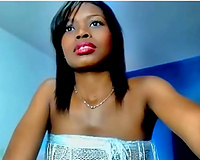 Ebony sweetheart plays with her lactating whoppers in livecam show
