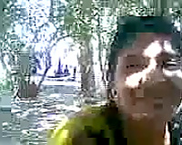 Skanky Indian playgirl flashes her snatch upskirt before giving me head outdoor