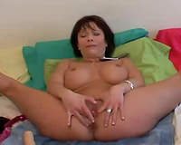 Hell seductive mother I'd like to fuck pushing soaked vagina with large sex toy