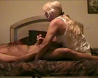 My long-haired housewife sucks my 10-Pounder and welcomes it in her vag