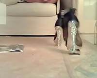 Sexy girl wears her hawt high heel shoes to tease me