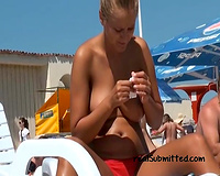 White hawt dilettante sweetheart on the stripped beach exposes her milk shakes