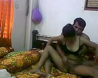 Horn-mad amateur Indian pair is willing for rod riding workout
