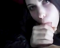 Sweet bewitching brunette hair Goth chick did her superlatively good during the time that blowing my monster dong