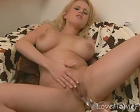 Lusty blond girlfriend drills her trimmed juicy pussy