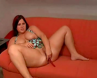 I am a bulky sweetheart and I love to fuck my constricted rectal hole with my sextoy