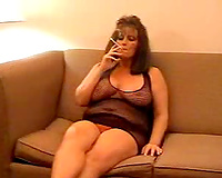 Hot milf smokin' sex
