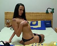 Stunning dark brown vixen stripteases and masturbates on livecam