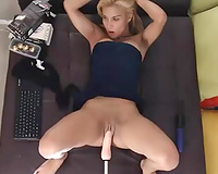 Blonde camgirl drilled with sex machine in perverted solo clip