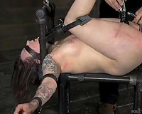 Lascivious slut gets her muff stimulated with sex toy