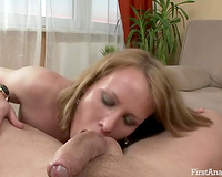Hot blonde sucks a wang previous to taking it in her bumhole