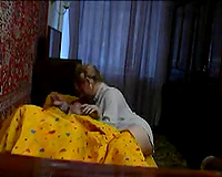 Girlfriend's big beautiful woman mamma wakes me up for a quickie