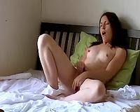 Tempting girlfriend experiences agonorgasmos masturbating with sex toy