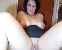 Horny wife love the feeling of cum leaking out her fur pie.