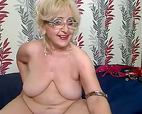 Super kinky granny shows what this babe can do