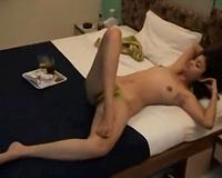 Beautiful Mumbai hooker filmed topless in the hotel room
