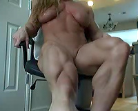 Blonde bodybuilder cam hottie shows me her muscles all stripped