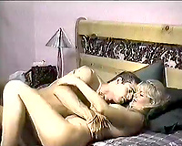 Curvy light haired mother I'd like to fuck Zarina bonks missionary style on vintage porn