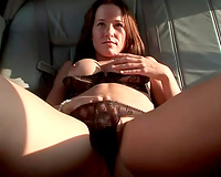 Horny whore receives undressed in the limo for her rich boyfriend