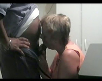 Mature woman unzipping her hubby and sucking then fuck over table