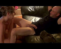 Sucking and fucking married pair at weekend getting it on at home