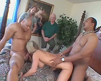 Fake mangos on the married woman in a three-some