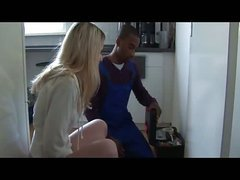 Black ramrod hungry housewife – interracial sex
