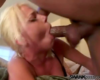 Black jock copulates her face and makes her gag