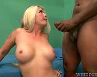 Curvy milf sits on his face in prison cell