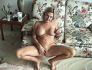 MILF WIFE loves masturbate and having huge orgasms.
