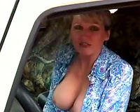 Luscious big boobed slutty wife is really good at giving blowjobs