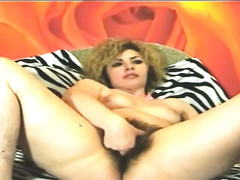 Hairy angels show their twats and armpits for the cam