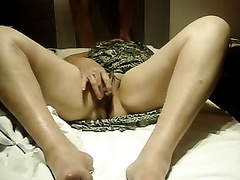 My helpful wifey rubs her twat and gives me a deepthroat oral-job