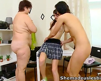 Filthy and chubby lesbo cougar watches how two juvenile sluts eat each other