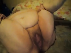 The dirtiest an stinkiest cum-hole out there on the internet